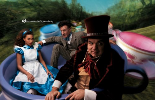 Alice-In-Wonderland-annie-leibovitz-144319_1920_1248